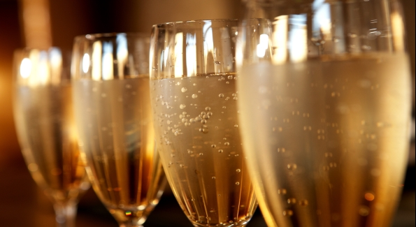 смотреть брызги шампанского champagne showers